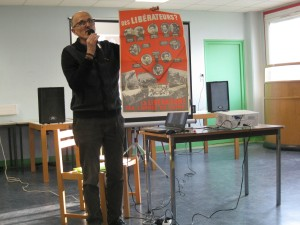Pablo Iglesias foto conferencia Francia 1